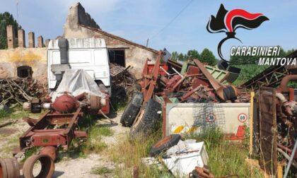"""Discarica a cielo aperto a Curtatone, denunciato il proprietario della """"Corte agricola"""""""