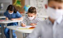 Rientro a scuola, niente tampone gratis per gli insegnanti no vax