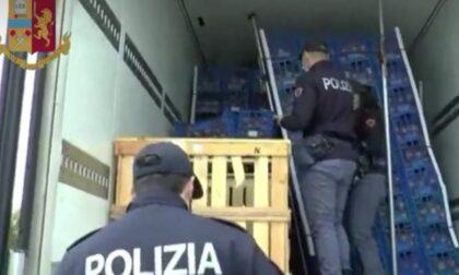Fermato corriere internazionale della droga: trasportava 280 kg di hashish nascosti tra le cipolle